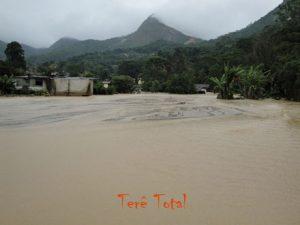 Cenário de destruição na Posse em Teresópolis