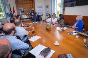 Prefeito Vinicius Claussen reúne secretários para definir prioridades da nova gestão