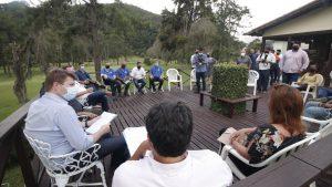 Estratégias foram apresentadas no Fórum de Prefeitos e Secretários da Região Serrana