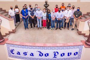Prefeito Vinicius Claussen e Grupo de Trabalho do Governo do Estado recebem Comissão de Acompanhamento das Obras nos Locais atingidos pela tragédia de 2011