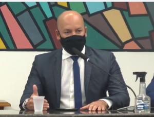 Prefeito Vinicius Claussen dá as boas-vindas aos vereadores para o novo mandato
