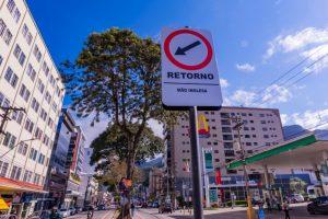 Prefeitura amplia espaço e muda para mão inglesa o sentido de retorno em trecho da Avenida Feliciano Sodré, na Reta